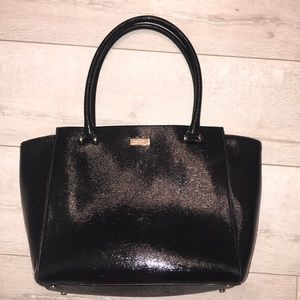 Kate spade patent leather large tote oversize flaw